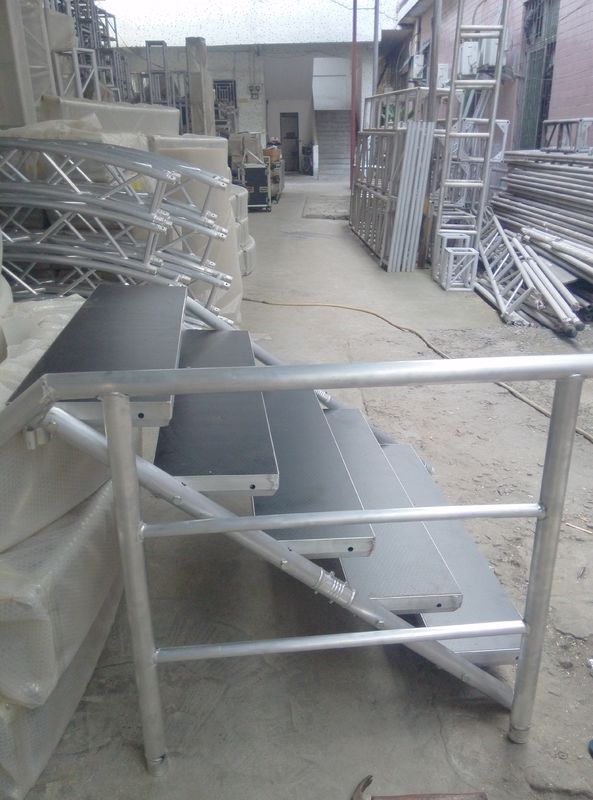 Pipe Spigot Connection Aluminum Stage Truss With 5 Steps Stair , Main Tube 50mm