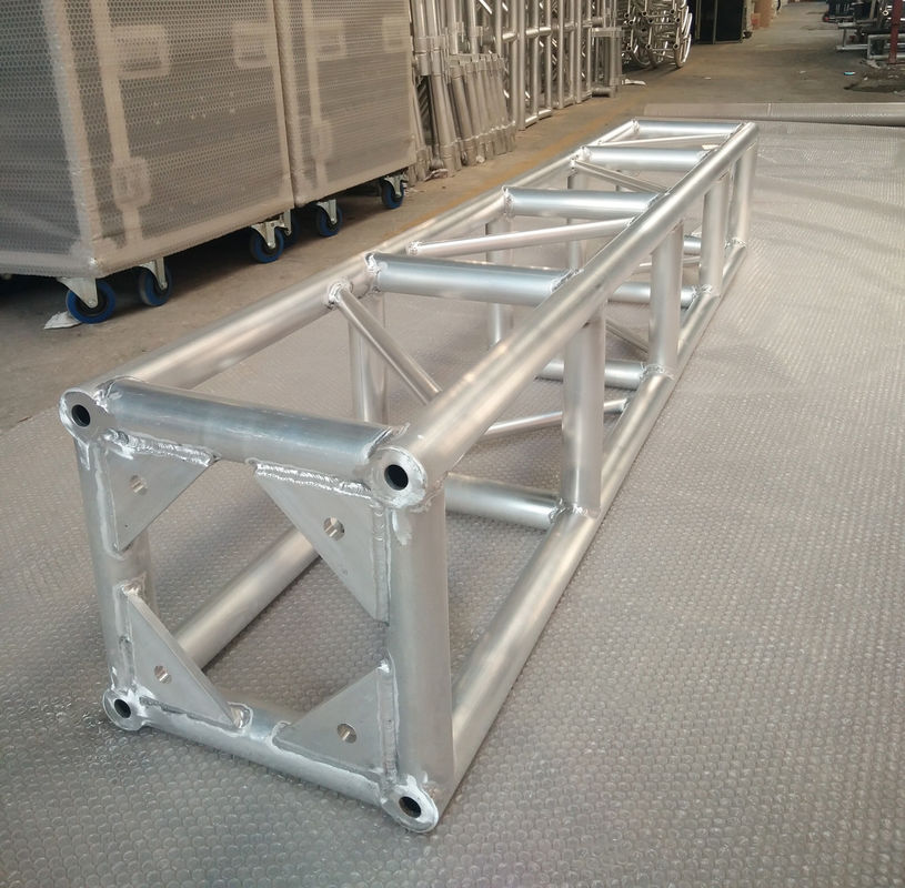 Aluminum 6082-T6,350 * 350mm Stage Lighting Truss For Multipurpose Activities